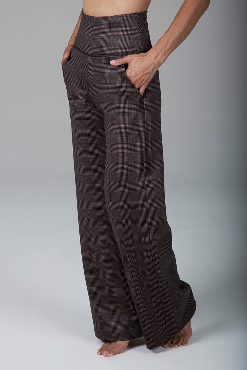 High Waist Wide Leg Pant in Prince of Wales Plaid